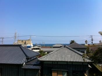 20140415部屋の窓から.jpg